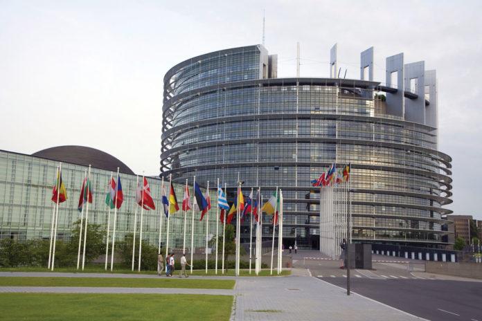 Komentář ke korupční aféře v Parlamentním shromáždění Rady Evropy